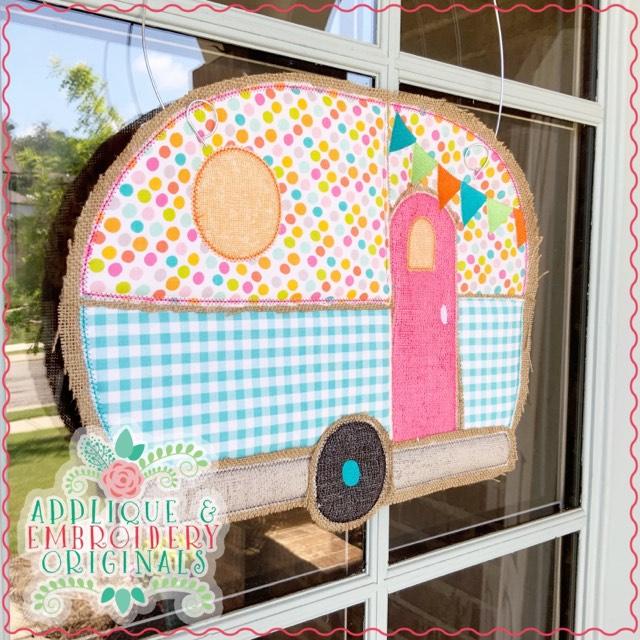 camper door hanger embroidery design  | 640 x 640